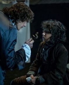 outlander season 2 Jamie confronts Fergus about pick pocketing Sawny from him