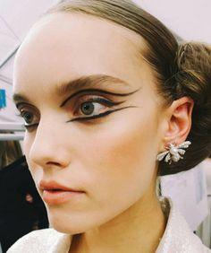 Le liner façon Cléopâtre de Chanel