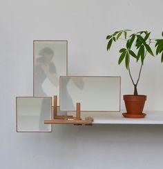 Nomadic Mirrors