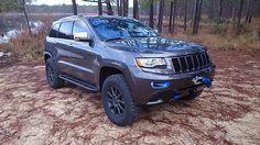 WK2 Grand Cherokee w/custom blue trim