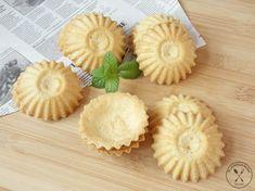 Kliknij i przeczytaj ten artykuł! Pineapple, Cooking Recipes, Cooking Ideas, Muffins, Favorite Recipes, Sweets, Cupcakes, Baking, Fruit