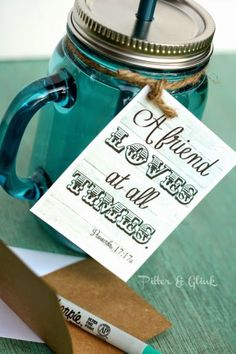 Download these free printable gift tags from PitterandGlink.com. #freeprintable #gifttag