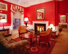 The boutique Davenport Hotel is located on Merrion Street on the northwest corner of Merrion Square in Dublin. Our boutique hotel offers a perfect blend of old meets new and celebrates over 20 years of looking after our guests needs
