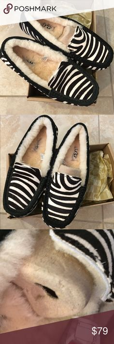 Ugg zebra calf hair loafers drivers size 5 new Ugg zebra calf hair loafers drivers size 5 new with box ...100%authentic UGG Shoes Flats & Loafers