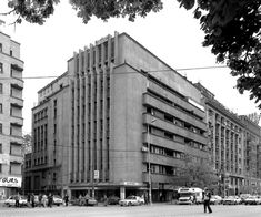 House of Credit/Magistrates, Duiliu Marcu with Leopold Medilanski, Magheru Blvd. Classical Architecture, Architecture Sketches, Co Housing, Lebbeus Woods, Interior Design Sketches, Old Abandoned Houses, Art Deco, Bucharest Romania, Toyo Ito