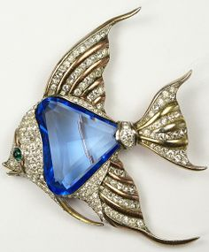 Trifari 'Alfred Philippe' Faceted Sapphire Belly Angelfish Clip ~