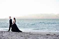 love the idea of doing an engagement shoot in a black dress!