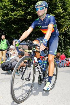 TDF 2015 Alejandro Valverde rides to the start line. (Bettini Photo)