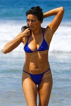 Noureen DeWulf in a Blue Bikini at the Beach in Santa Monica - Celebrity Nude Leaked! Blue Bikini, Bikini Beach, Bikini Babes, Bikini Girls, Thong Bikini, Pool Fashion, Swimwear Fashion, Noureen Dewulf, Swimsuits