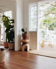 Courtney Adamo and her husband have five children. Look closely at their charming Byron Bay home and you'll see the clues: a litt. White Washed Wood Paneling, Courtney Adamo, Cottage Living Rooms, Cozy Living, Wood Panel Walls, Bedroom Plants, Scandinavian Home, Types Of Houses, Byron Bay