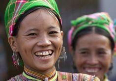 Mujeres vietnamitas, pañuelos de colores