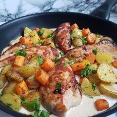 Kylling i pikantsovs med ovnkartofler. #hashtagmor