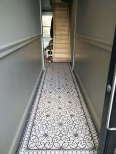 Ideas Apartment Entryway Modern Foyers For 2019 Entryway Flooring, Hall Flooring, Kitchen Flooring, Victorian Hallway Tiles, Tiled Hallway, Modern Foyer, Hallway Inspiration, Apartment Entryway, French Style Homes