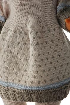 knitting patterns for 18 inch dolls Girl Doll Clothes, Girl Dolls, Baby Born, Knitted Dolls, 18 Inch Doll, Pulls, Lana, American Girl, Knitting Patterns