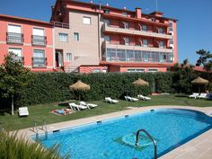 Sanxenxo Hotel VIDA Playa Paxarinas Spain, Europe Hotel VIDA Playa Paxarinas is a popular choice amongst travelers in Sanxenxo, whether exploring or just passing through. The property features a wide range of facilities to make your stay a pleasant experience. Service-minded staff will welcome and guide you at the Hotel VIDA Playa Paxarinas. Guestrooms are designed to provide an optimal level of comfort with welcoming decor and some offering convenient amenities like closet, t...