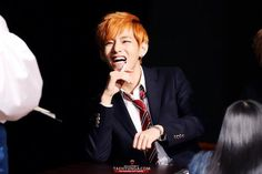 Taehyung and orange hair will be the death of me