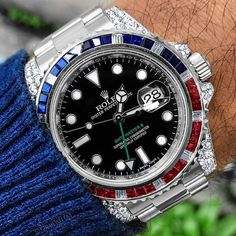 Swiss Army Watches Are So Precise! Fine Watches, Cool Watches, Rolex Watches, Gps Watches, Cool Mens Bracelets, Rolex Gmt Master, Swiss Army Watches, Luxury Watches For Men, Vintage Watches