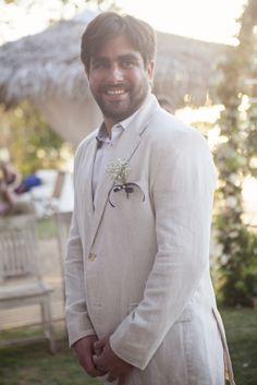 Look do noivo para casamento na praia - casamento buzios blog minhafilhavaicasar #wedding #beach #blue #casamento #praia #noivos #romance