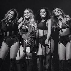 Little Mix on the Dangerous Woman Tour Jesy Nelson, Perrie Edwards, Meninas Do Little Mix, Little Mix Girls, Alright Now, Dangerous Woman Tour, Mix Photo, Mixed Girls, Girl Bands