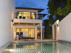A Close To The Beach Modern Tropical Villa For Perfect Holidays