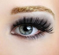 How to apply false eyelashes - easy tips @ http://www.stylecraze.com/articles/how-to-get-pinky-soft-lips/