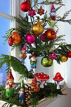 Christmas Decorations for 2012 | elf