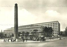 Piazza di Porta Capena – Palazzo della FAO e stele di Axum Anno: 1950 ca. Bed And Breakfast, Old Photos, Rome, Ponti, Louvre, Africa, Statue, Architecture, City