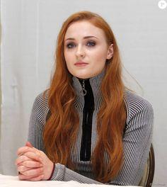 """Sophie Turner - Conférence de presse avec les acteurs de la série """"Game of Thrones"""" à West Hollywood. Le 11 avril 2016"""