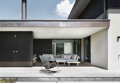 #architektur #architekturschweiz #architekturzürich #architekturbüro #designhaus #interiordesign #design Contemporary Architecture, Architecture Design, Swiss Design, Lounge, Meier, Zurich, My House, Garage Doors, New Homes