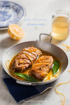 io...così come sono...: Petto d'Anatra all'arancia e miele -  Settimana degli Agrumi - Calendario del Cibo Italiano  http://iocomesono-pippi.blogspot.it/2016/01/petto-danatra-allarancia-e-miele.html