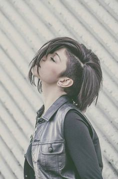 This is what my hair will look like this fall when it grows out a bit ♡...