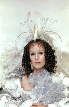 Geraldine Chaplin as Anne of Austria. The Three Musketeers, Costumes by Yvonne Blake. Santa Monica, Powder Puff Girls, Musketeer Costume, Best Costume Design, The Three Musketeers, Costume Collection, Eye For Detail, Yesterday And Today, Royalty Free Images