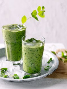 Chocolate  mint smoothy    For the past few weeks I've had mint on my mind, just as I emerge from my long-standing sage phase.  When it comes to herbs mixing and mingling and adding a sprig or two into your diet both culinarily and medicinally can enhance not o