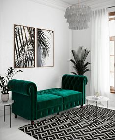 8 pieces of furniture and accessories for a tidy room! Futon Sofa, Upholstered Sofa, Sofa Upholstery, Emerald Green Sofa, Living Room Green, Blue Velvet Sofa Living Room, Joss And Main, Living Room Designs, Art Deco Living Room