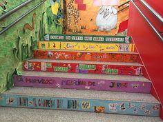 Escalera lectora sobre Roald Dahl elaborada en el colegio de Cabanillas del Campo y coordinada por Mariaje. Gracias por difundirla.