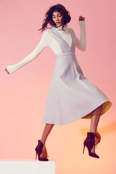 Novis Fall 2016 Ready-to-Wear Fashion Show Collection: See the complete Novis Fall 2016 Ready-to-Wear collection. Look 10 Pastel Fashion, Modern Fashion, Fashion Week 2016, Fashion Show, Kids Fashion, Women's Fashion, Simple Dresses, Nice Dresses, Amazing Dresses
