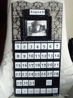 The CrEaTiVe CraTe: repurpose dated calendar.  Must find one of these at the thrift store now....