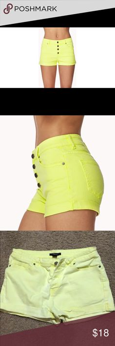 Forever 21 jean shorts Lightly worn, maybe 5 times. Like new, neon yellow shorts. Perfect for summer time or for a vacation on a tropical island! They look AMAZING with a tan! 🕶🏝☀️ Forever 21 Shorts Jean Shorts