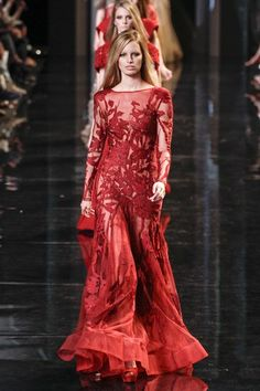 Who wore Elie Saab's sheer crimson couture dress?
