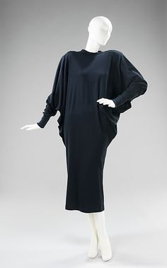 Norma Kamali Dress- Designer: Norma Kamali 1985. American cotton. Kamali is known for the first sweats collection introducing more leisure wear into fashion and on the runways.