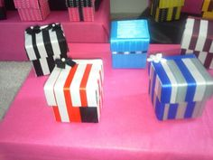 Handcrafted customized favor/gift boxes