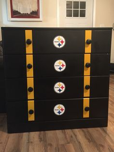Pittsburgh steelers dresser