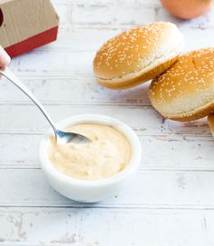This Big Mac Sauce copycat recipe is so close to the McDonald's special sauce, you won't be able to taste the difference! Mcdonald's Big Mac Sauce Recipe, Homemade Big Mac Sauce, Sauce Recipes, Fun Easy Recipes, Low Carb Recipes, Healthy Recipes, Homemade Burger Patties, Big Mac Salad, Copycat Recipes