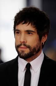 Unax Ugalde, Actor: Alatriste. Unax Ugalde was born on November 27, 1978 in Vitoria-Gasteiz, Álava, País Vasco, Spain as Unax Ugalde Gutiérrez. He is an actor, known for Captain Alatriste: The Spanish Musketeer (2006), Bon appétit (2010) and Goya's Ghosts (2006).