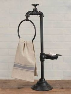 Tall RUSTIC Iron Spigot Soap and Towel Holder Pedestal Farmhouse Country Decor Farmhouse.Country Home Decor! Rustic primitive style cast iron spigot towel and soap holder with pedestal base. Country Decor, Rustic Decor, Farmhouse Decor, Country Farmhouse, Country Primitive, Vintage Country, Primitive Decor, Primitive Kitchen, Country Chic