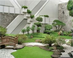 Style Up Your Backyard With Enchanting Japanese Garden Design Ideas: Refreshing Little Garden Borrowing Heavily From The Japanese Motif Asian Garden, Japanese Garden Backyard, Modern Japanese Garden, Japanese Gardens, Terrace Garden, Japanese Style, Garden Bridge, Asian Landscape, Japanese Landscape