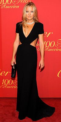 Kate Hudson in Rachel Roy.   Cartier event 2009. A little drama to a LBD