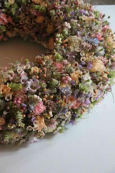 #Wreath • Akademie für Naturgestaltung (door crafts beautiful)