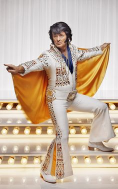 Bill Murray dressed as Elvis! Bill Murray, Saturday Night Live, Man Humor, Famous Faces, Celebrity Photos, Celebrity Photography, Editorial Photography, Elvis Presley, Celebrity Weddings