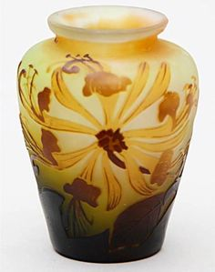 Émile Gallé Nancy France Chrysanthemum Vase 1900/04 Very finely worked and etched Bright and dark brown, yellow flowers on slightly yellowish glass-H 9cm-B 7cm Signed